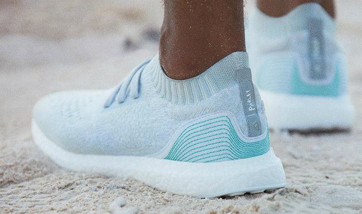 Adidas anuncia produção de tênis com plásticos retirados do oceano