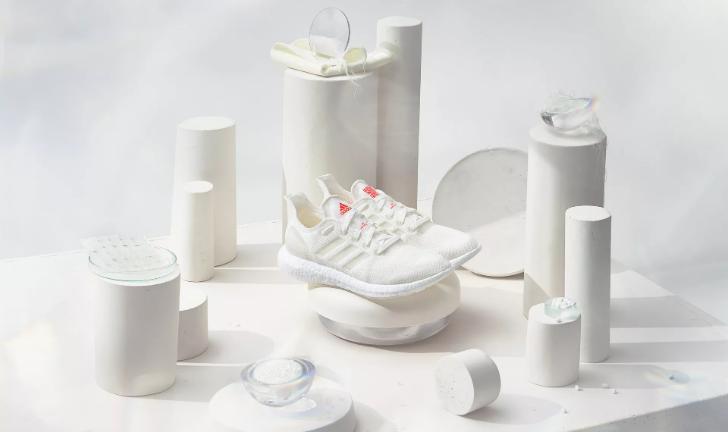 Adidas lança tênis com material 100% reciclável e design futurista