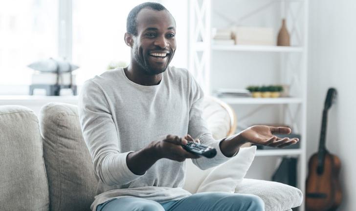 As 4 Melhores TVs e Smart TVs baratas para comprar no Brasil