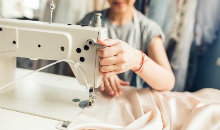 As 6 Melhores Máquinas de Costura para Comprar em 2019