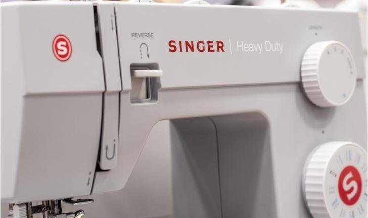 As 7 Melhores Máquinas de Costura Singer em 2019