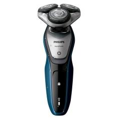 Barbeador Elétrico sem Fio Pele seca e molhada Philips AquaTouch S5420/57