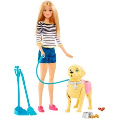 c99de0a255 Boneca Barbie Family Passeio Com O Cachorrinho Mattel