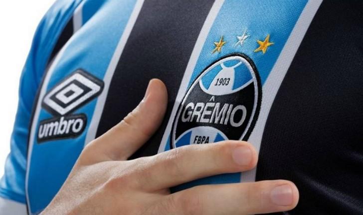Camisas do Grêmio 2017  confira os lançamentos da temporada! fdbe3ced2b3e4