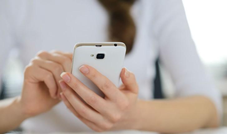 Chegou, no Brasil, o lançamento do smartphone Alcatel Onetouch Pop 2