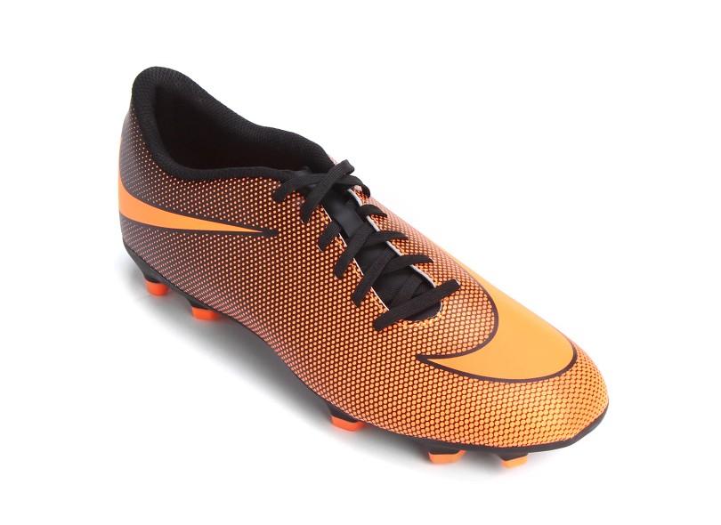 f32e06f7cdb1b Chuteira Adulto Campo Nike Bravata 2