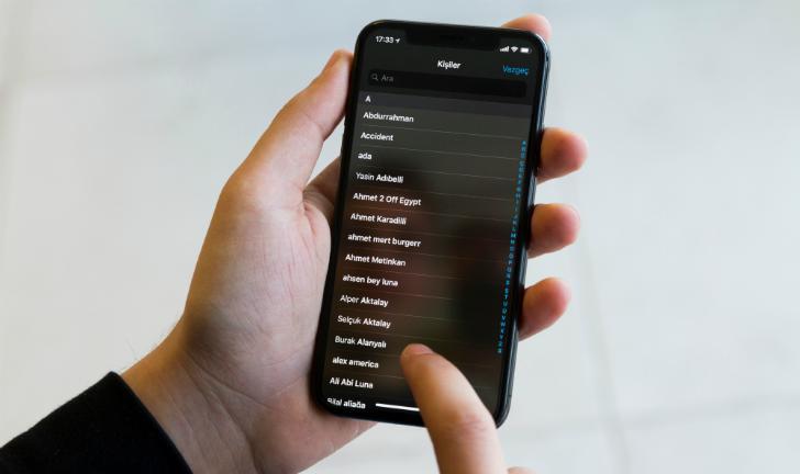 Como apagar todos os contatos do iPhone?