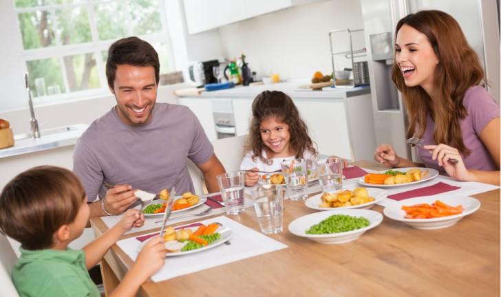 Como comprar uma mesa de jantar?