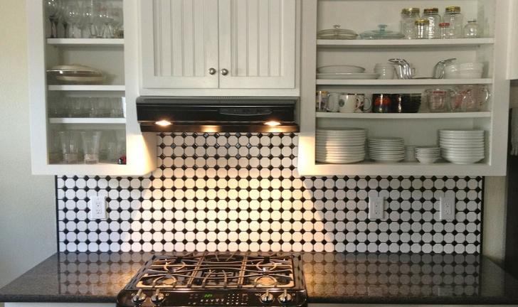 Como organizar armário de cozinha?