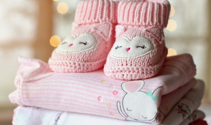 Como organizar guarda-roupas infantil?