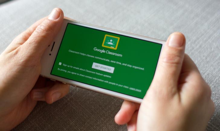 Como usar o Google Classroom para ter aulas pelo celular