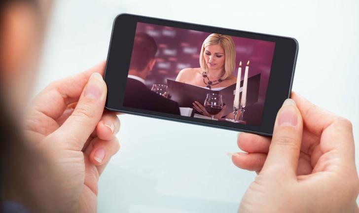 Como ver televisão no celular?