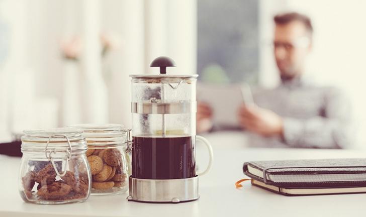 Conheça as 7 melhores cafeteiras francesas e acerte na escolha