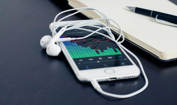 Conheça os melhores aplicativos para fazer música no celular