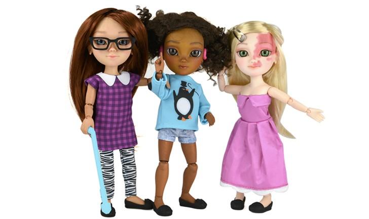 Empresa cria bonecas com deficiência para incentivar a inclusão social