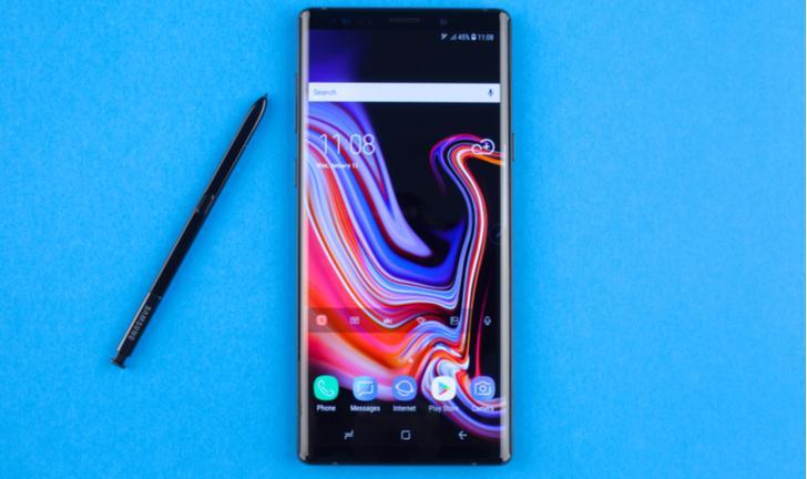 Galaxy Note 10 pode abandonar entrada para fone e botões físicos
