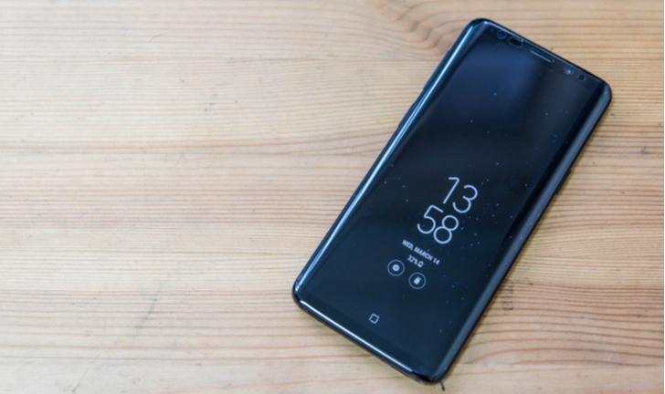 Galaxy S9: como remover Widgets da tela inicial?