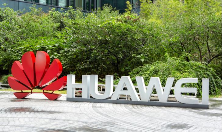 Google suspende parte de seus serviços para a Huawei; entenda o caso