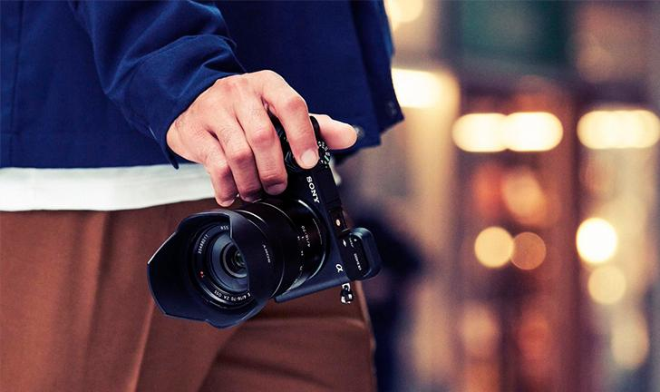 Lançamento da Sony Alpha A6400: câmera 4K com visor para selfies chega ao Brasil