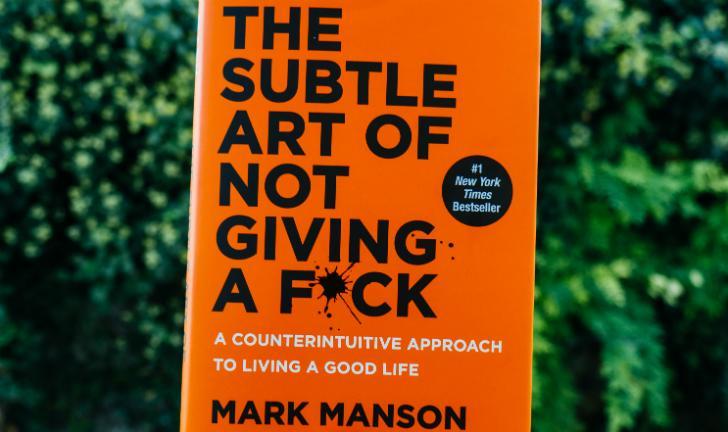 Mark Manson: conheça os livros do autor de A Sutil Arte de Ligar o F*da-se
