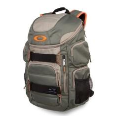 85270271a7 Mochila Oakley com Compartimento para Notebook 30 Litros Enduro 30 92863