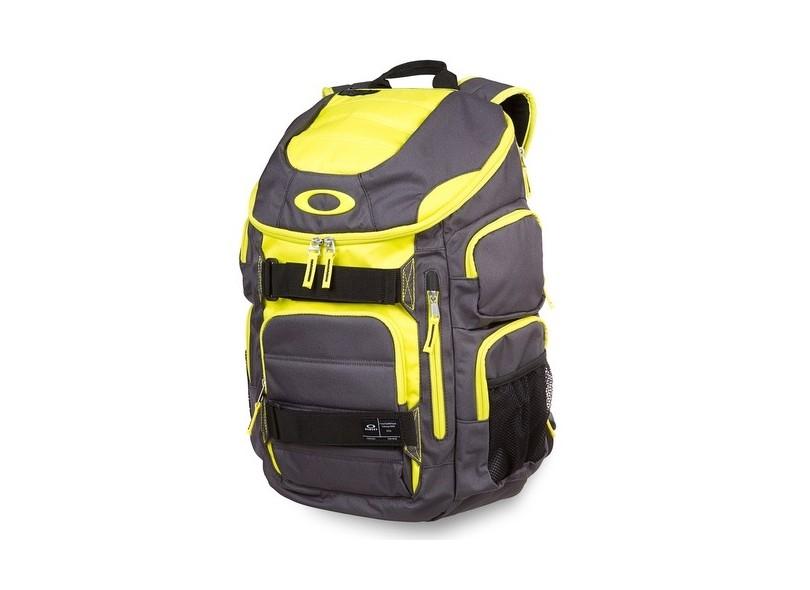 Mochila Oakley Enduro 30 92863 0947a3a0963