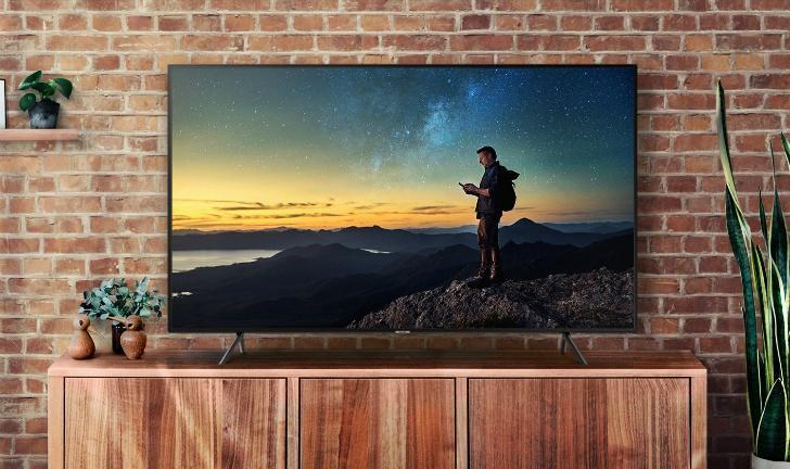 RU7100 vs NU7100: qual a melhor TV 4K custo-benefício da Samsung?