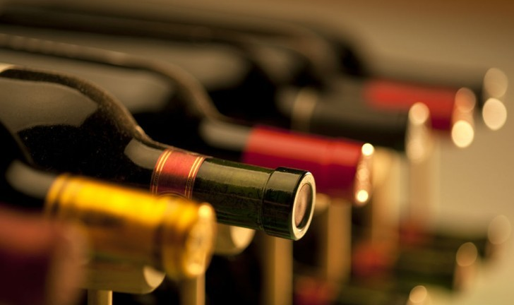 Saiba a temperatura ideal da adega para cada tipo de vinho