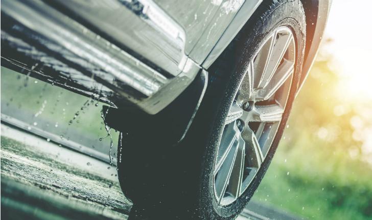 Saiba qual é o melhor pneu para chuva!