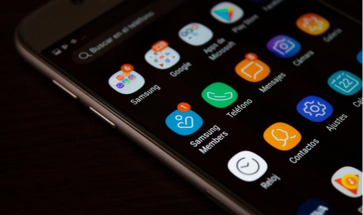 Samsung anuncia fim da linha Galaxy J na Malásia