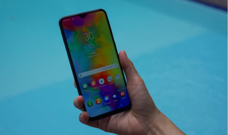 Samsung lança Galaxy M10, M20 e M30 no Brasil; preço começa em R$ 899