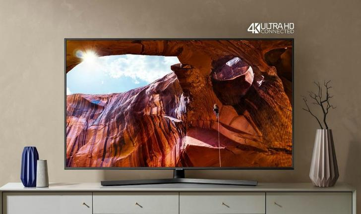 Samsung RU7100 vs Samsung RU7400: qual a diferença entre as TVs 4K?