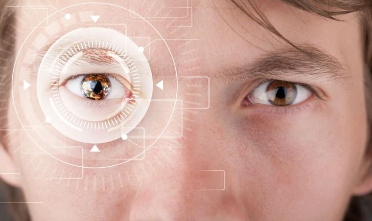 Smartphone japonês com leitor de íris permite fazer pagamentos com os olhos