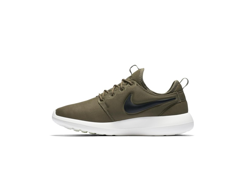 quite nice 5212a 6998e ... new arrival c73ae cc497 Tênis Nike Masculino Casual Roshe Two