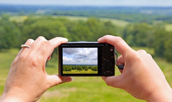 Três câmeras digitais 3D