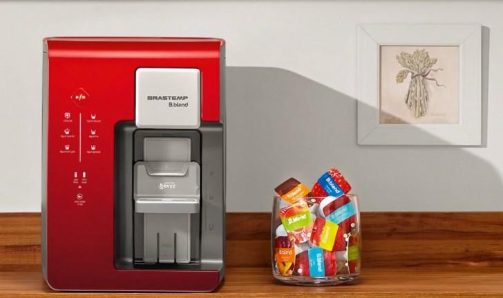 Veja o lançamento da B.Blend, a máquina de bebidas em cápsulas