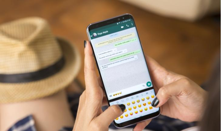 WhatsApp libera stickers exclusivos para o Brasil; saiba como baixar