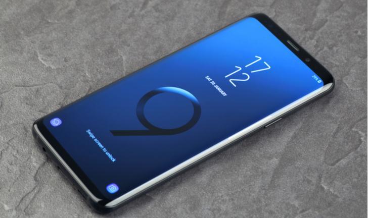 Xiaomi Mi 8 vs Galaxy S9: qual é o melhor celular premium?