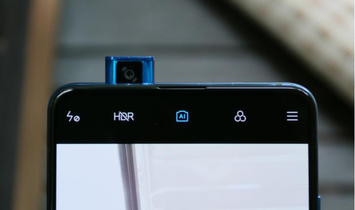Xiaomi Mi 9T no Brasil: celular com câmera pop-up chega por R$ 3.397