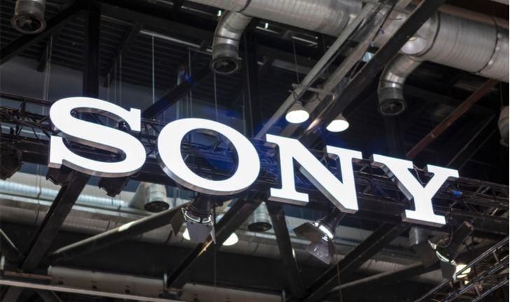 Xperia F: Sony pode lançar celular dobrável em 2020
