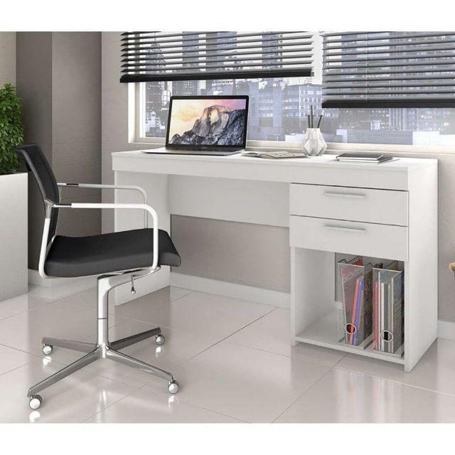 Mesa de Escritório, Computador e Escrivaninha