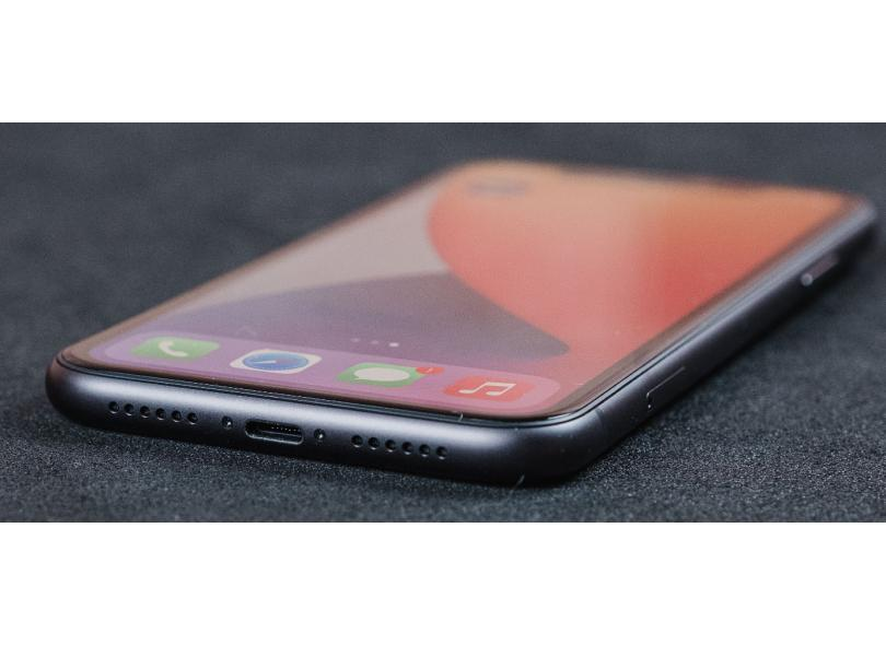 Smartphone Apple iPhone 11 128GB Câmera Dupla Apple A13 Bionic iOS 13