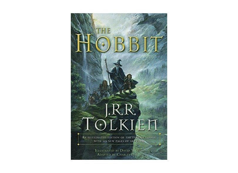 The Hobbit (Graphic Novel): An Illustrated Edition of the Fantasy Classic - Capa Comum - 9780345445605