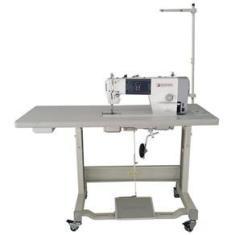 Imagem de Máquina de Costura Industrial Reta Singer 114G-20CEB com Motor Direct Drive