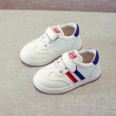 Imagem de Sapatos planos infantis Calçados casuais Calçados confortáveis Calçados esportivos Calçados femininos