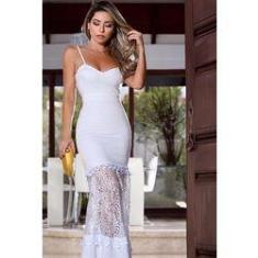 Imagem de vestido longo  com detalhes em renda