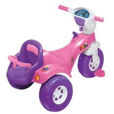 Imagem de Triciclo com Pedal Magic Toys Tico-Tico Baby