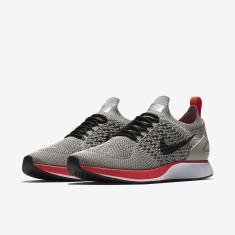 Foto Tênis Nike Feminino Air Zoom Mariah Flyknit Racer Corrida e90de469e6295