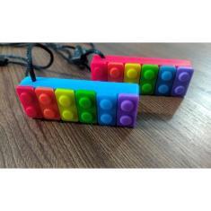 Imagem de Colar Mordedor Sensorial Lego- Autismo/Tdah/Ansiedade