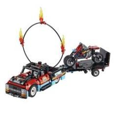 Imagem de Lego 2 em 1 Technic 42106 Moto e Caminhão Acrobacias - Lego